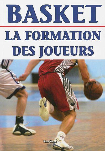 796.323 VIN – Basket : la formation des joueurs/P. Vincent. « Cet ouvrage - véritable programme d'entraînement accompagné d'exercices de référence - vise à mettre en lumière une stratégie d'apprentissage. Toutes les stratégies possibles sont ici décortiquées pour que les joueurs puissent être à l'aise dans ce qui constitue véritablement «le cœur du basket»