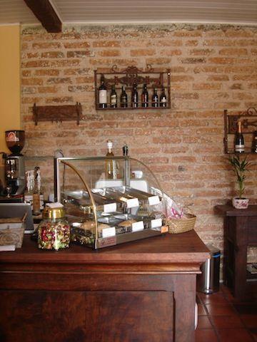 22 best cafeteria images on pinterest bakery shops - Decoracion de cafeterias pequenas ...