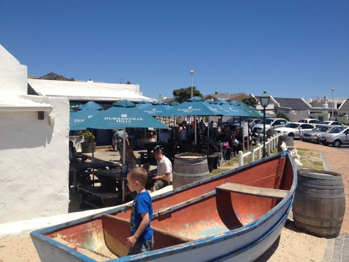 Ons Huisie Restaurant in Bloubergstrand, Western Cape
