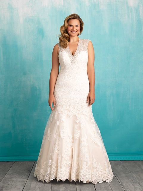 22 best Gowns For Girls With Curves images on Pinterest   Wedding ...