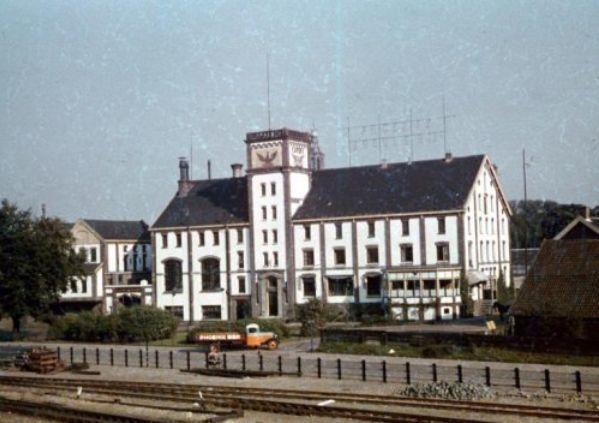 Amersfoort: De gesloopte Phoenix Brouwerij aan het Smallepad (foto 1945)