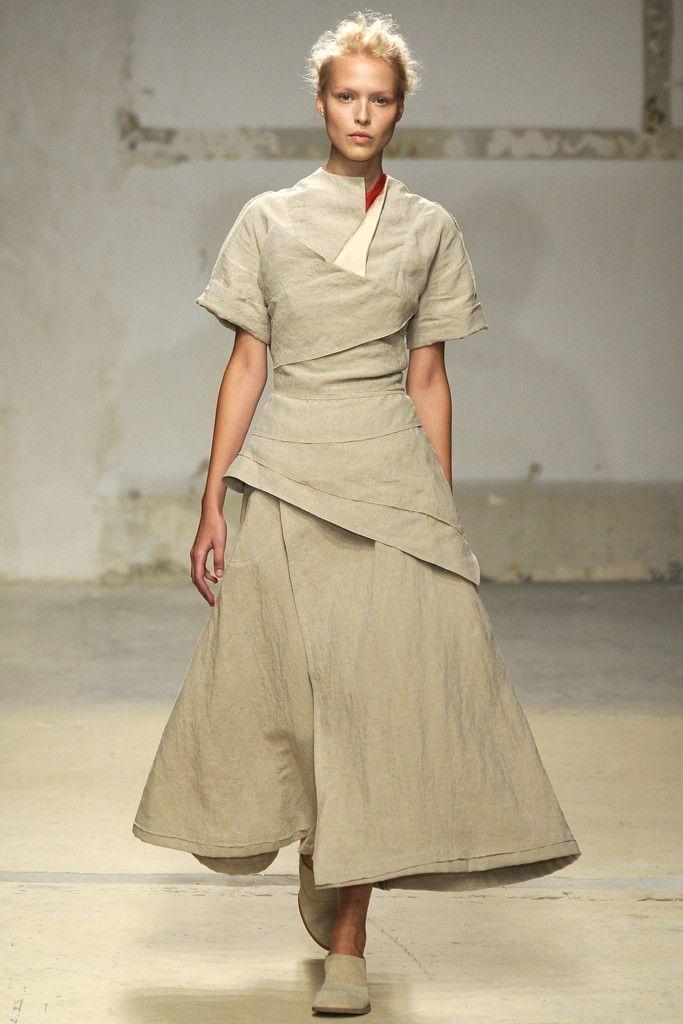 Aganovich RTW Spring 2014 - Slideshow - Runway, Fashion Week,