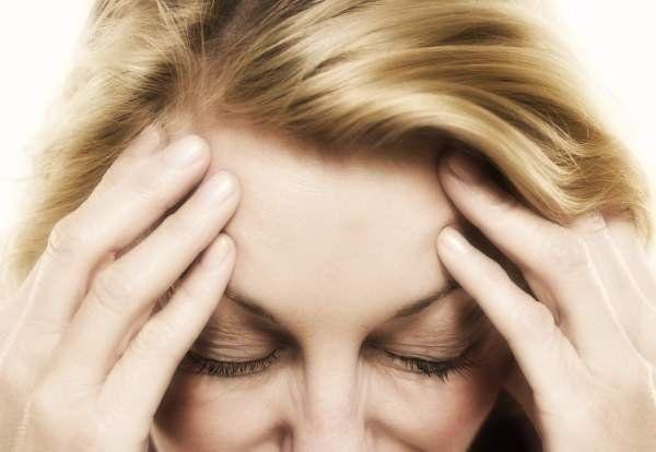 L'emicrania è un problema che affligge milioni di persone. Si tratta di un mal di testa cronico in grado di durare diverse ore se non addirittura per giorn