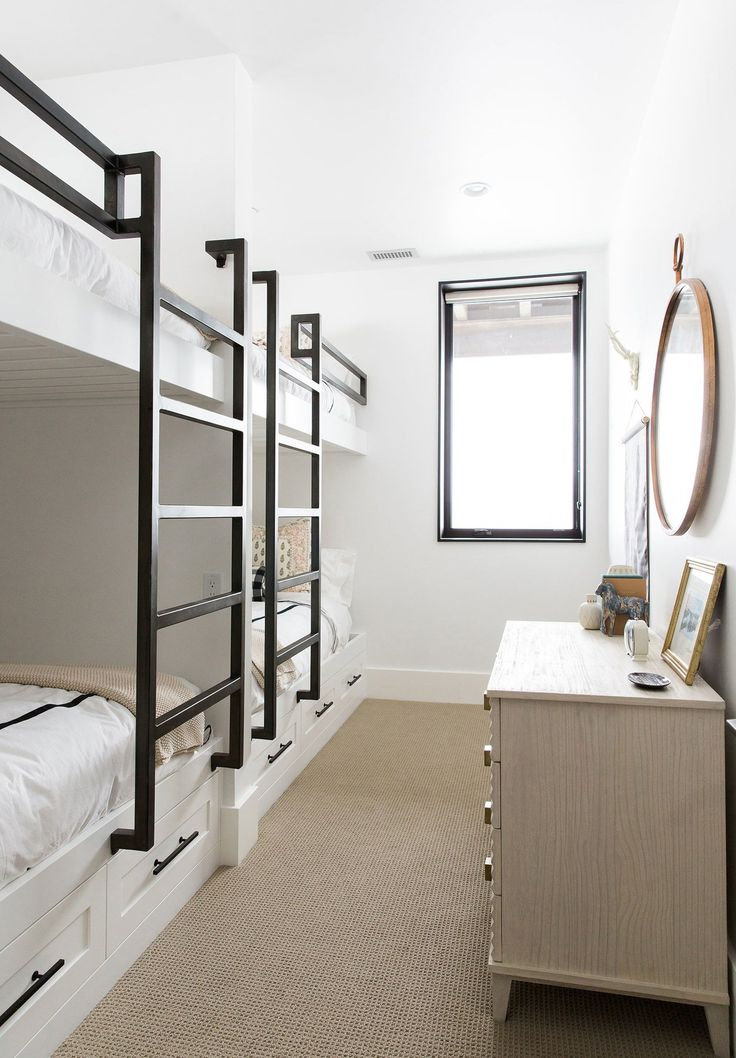 The bunk roomu0027s beds were built by