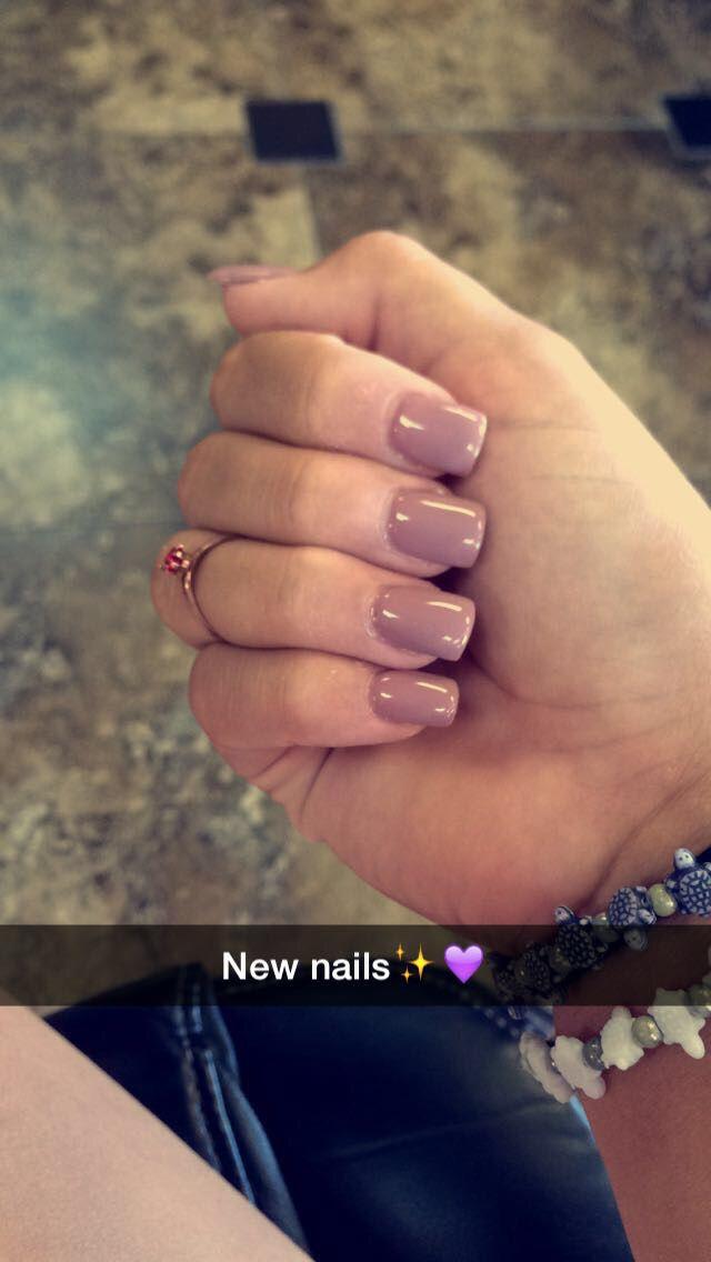 Mauve gel acrylic nails