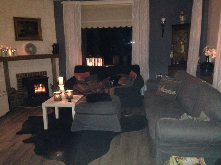 Cosy with fireplace and lights on