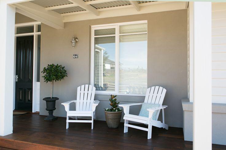 Australian Hamptons style facade