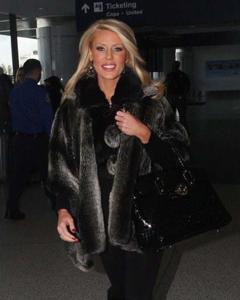 Gretchen Rossi Photo - 'The Real Housewives Of Orange County' Departing On A Flight At LAX