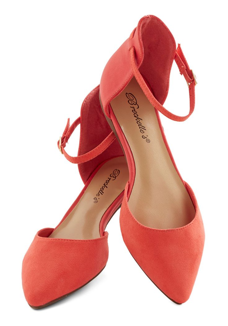 Peached as Punch Flat. Youre feeling chipper and chic as you skip to your sorbet date in these coral flats! #pink #modcloth
