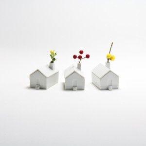 house for flower design by Akira Mabuchi..