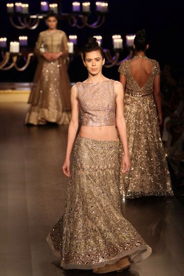 Manish Malhotra Indian Couture Show 2014