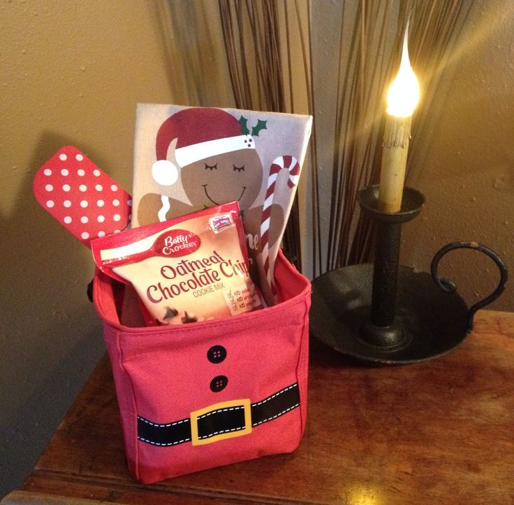 Littles Carry All Caddy in Santa Suit 2015 http://www.pamthepurselady.com