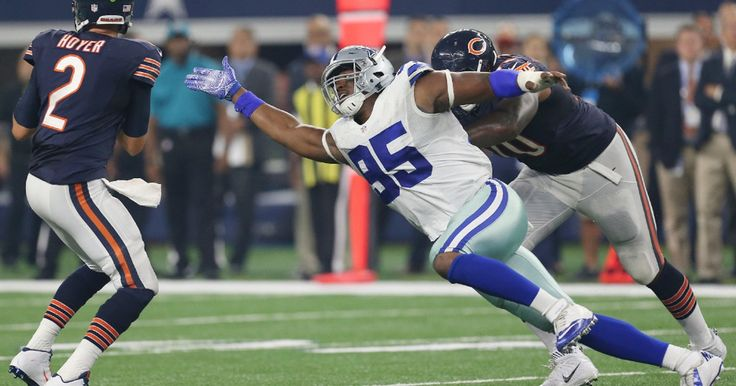 Cowboys switch up defensive line to create more pressure on Bears