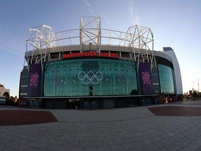 Manchester United Pemecah Rekor Belanja Liga Inggris - Louis van Gaal menghabiskan total £ 157.700.000 pada tujuh pemain, termasuk rekor biaya transfer liga Inggris Angel Di Maria, 2014 melihat peningkatan besar dalam pengeluaran klub. Hari batas waktu melihat Liga Premier mencapai rekor £ 800.000.000 menghabiskan pada transfer musim panas ini. Angka-angka besar dipimpin oleh Manchester United, yang