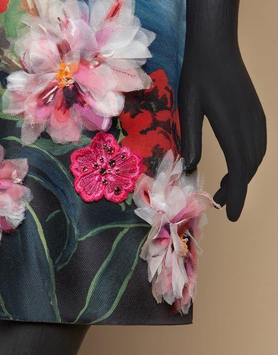 ПЛАТЬЕ ОТКРЫТКА ИЗ ПРИНТОВАННОГО ШЁЛКА С ВЫШИВКОЙ | Онлайн-бутик Dolce&Gabbana