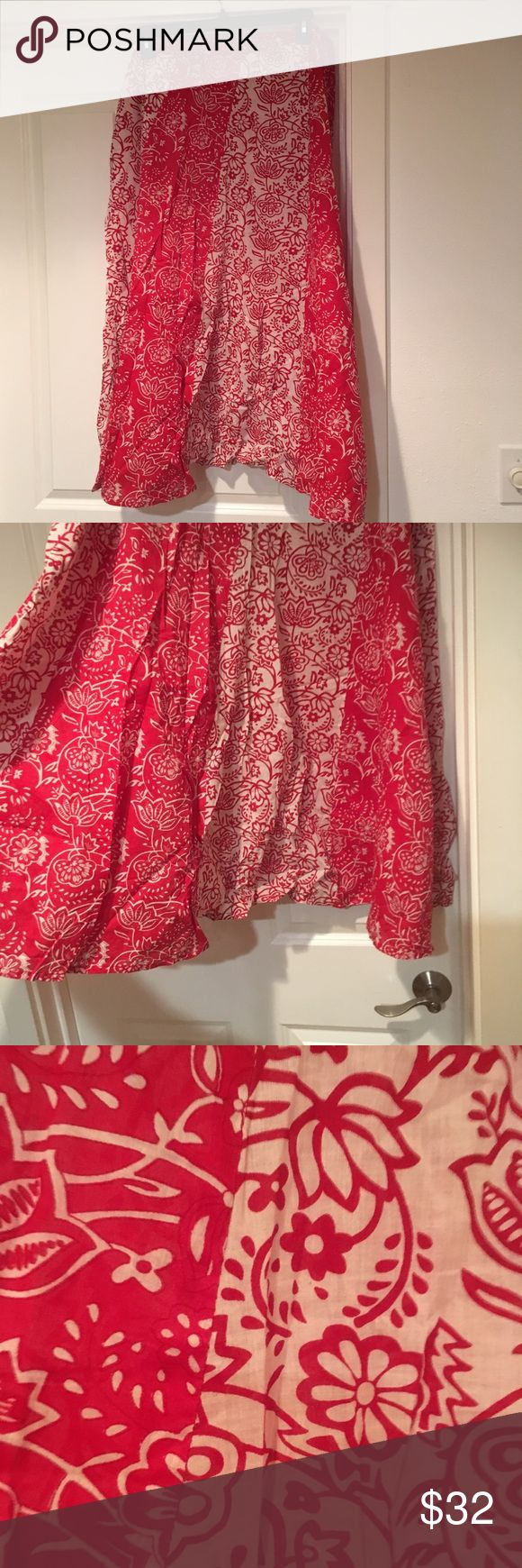 Full Floral 100% Cotton Maxi Skirt Red and white floral full cotton maxi skirt. Bias panels give great movement, each panel is pattern matched! EUC Casual Living Skirts Maxi