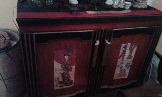 Come trasformare un vecchio mobile buffet in una madia stile china