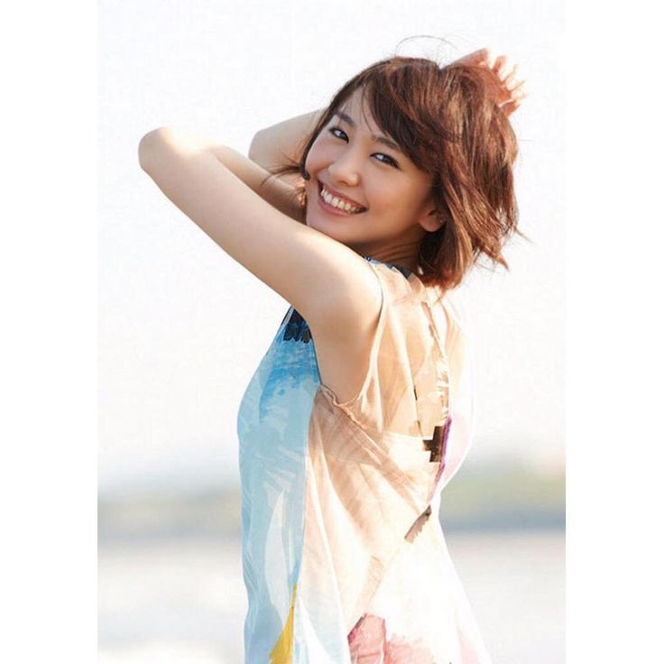 "kawaiiiii girls on Instagram: ""#新垣結衣#yui#yuiaragaki#aragakiyui#gakky#gakki#japan#japanese#woman#japanesewoman#asian#actress#model#singer#beautiful#beautifulwoman#tokyo#kawaii#cute#okinawa"""