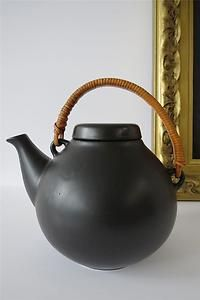 Vintage Arabia Finland Large Black Pottery Teapot Coffee Pot 6-67 Ulla Procope | eBay