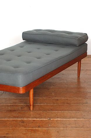 mid-century modern design - Daybed