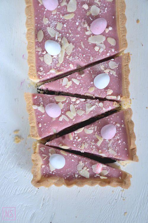 Wielkanocny mazurek z kremową masą różaną (Rose jam polish easter tart)   Nutka Słodyczy