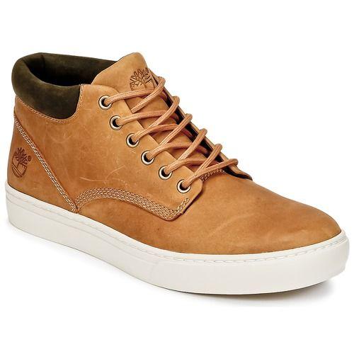 Cette basket montante signée Timberland est aussi confortable que tendance. Avec sa tige en cuir marron, elle confronte l'héritage de la chaussure de sport à la mode actuelle. Elle associe première de propreté en textile synthétique et semelle extérieure en caoutchouc. Un modèle qui n'a pas fini de séduire les fans de sneakers. - Couleur : Marron - Chaussures Homme 140,00 €