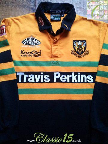 Relive Northampton Saints' 2002/2003 seasons with this vintage Kooga away long sleeve rugby shirt.