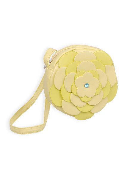 Layered daisy handbag $24.99 from #PumpkinPatch #MacquarieCentre #Christmas #gift #ideas #girl