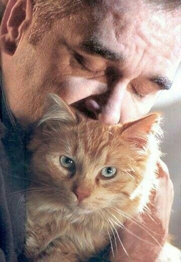 Morrissey with cat. #Moz