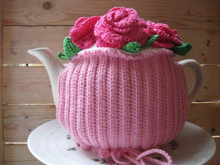 P002 patroon gehaakte theemuts met rozen