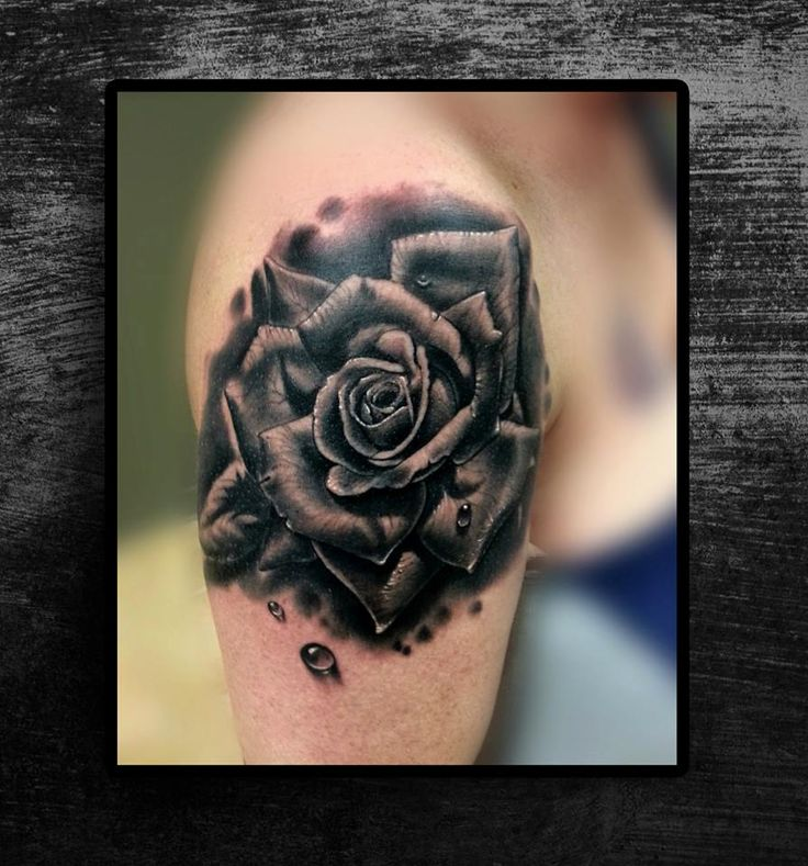 Black and white tattoo done by Jp ALFONSO