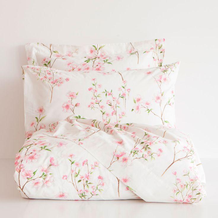 linge de lit imprim floral home pinterest lit. Black Bedroom Furniture Sets. Home Design Ideas