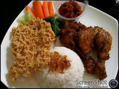 Dapurnya Ayu: Ayam Kremes Komplit