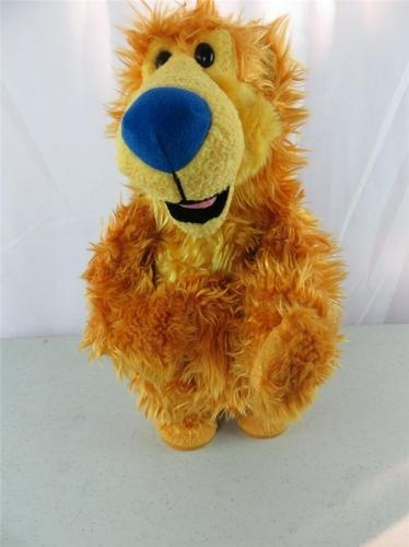 Bear In The Big Blue House Does Cha Cha Cha Singing