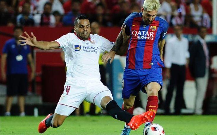 Supercopa de España. Sevilla-FCB. Partido de Ida. Messi, como siempre, determinante en las jugadas de ataque.