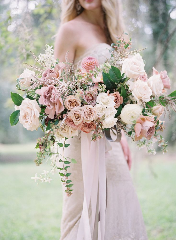 Move Over Blush There S A New Beauty In Town Mauve Wedding Beautiful Bridal Bouquet Wedding Bouquets