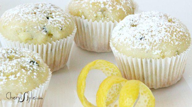Low-fat lemon zucchini muffins