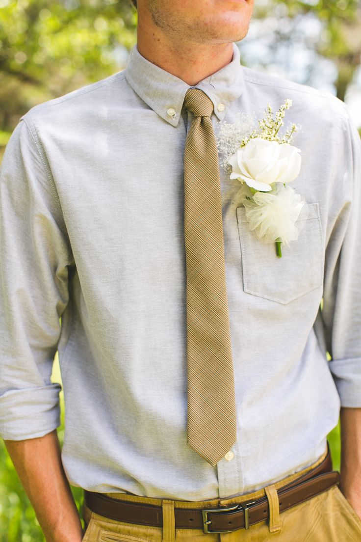 Casual men attire for outdoor wedding