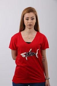 Qumru Shark Tshirt