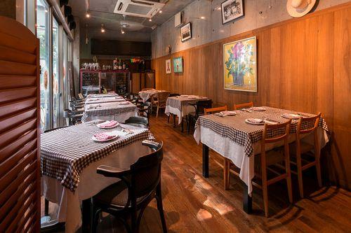 ビストロ ダルブルのお店情報。ビストロ ダルブルは、東京都恵比寿/代官山にあるイタリアン・フレンチのお店です。フレンチ ワイン バー ビストロ 恵比寿ならビストロ ダルブル。ビストロ ダルブルのメニュー、お店の雰囲気、アクセス方法、クーポン情報、ランチ情報、コースメニュー、お店のウリなどをご紹介。