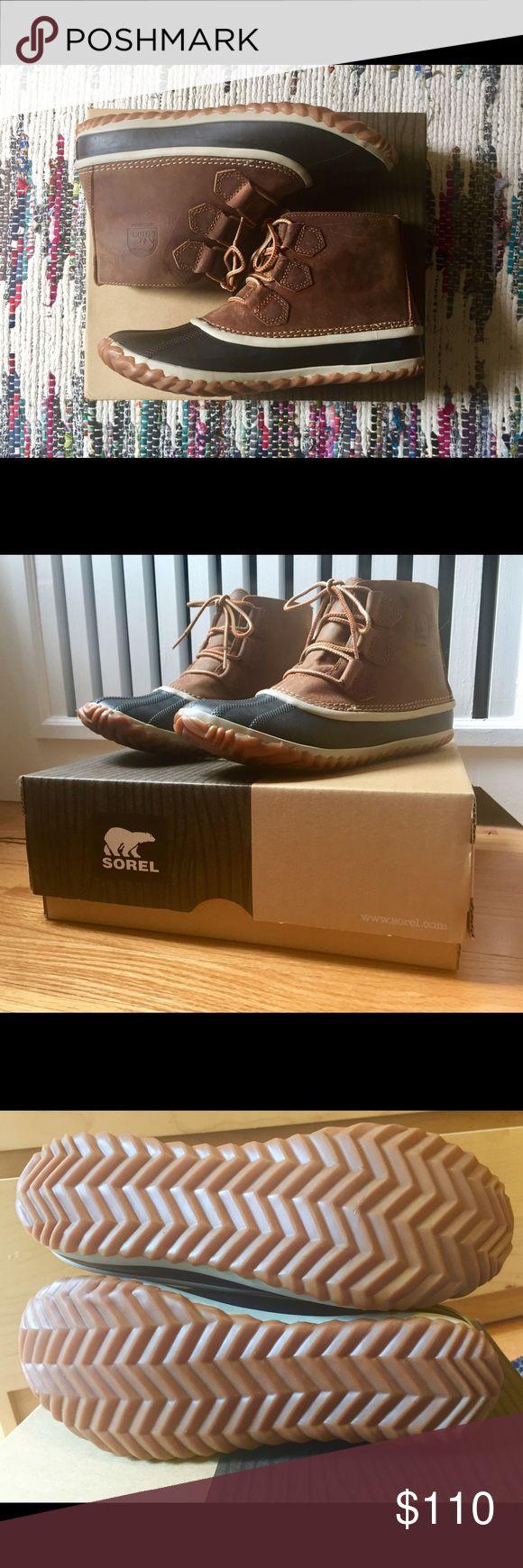 Sorel snow boots Brand new Sorel snow boots. Size 9. Never worn! Sorel Shoes Winter & Rain Boots
