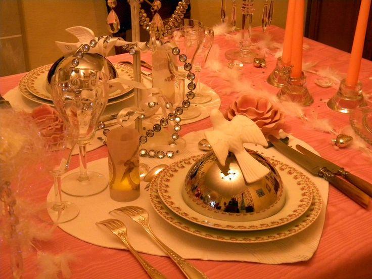 et voil quelques id es de d coration de table pour sublimer une cuisine raffin e soir e. Black Bedroom Furniture Sets. Home Design Ideas