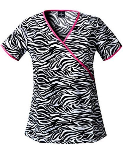 its official. i want this scrub top! birthday present!?