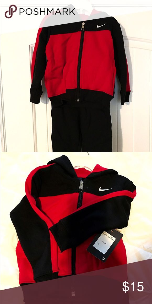 Nike sweat suit NWT Boys size 24 Nike sweat shirt and sweat pant set Nike Matching Sets