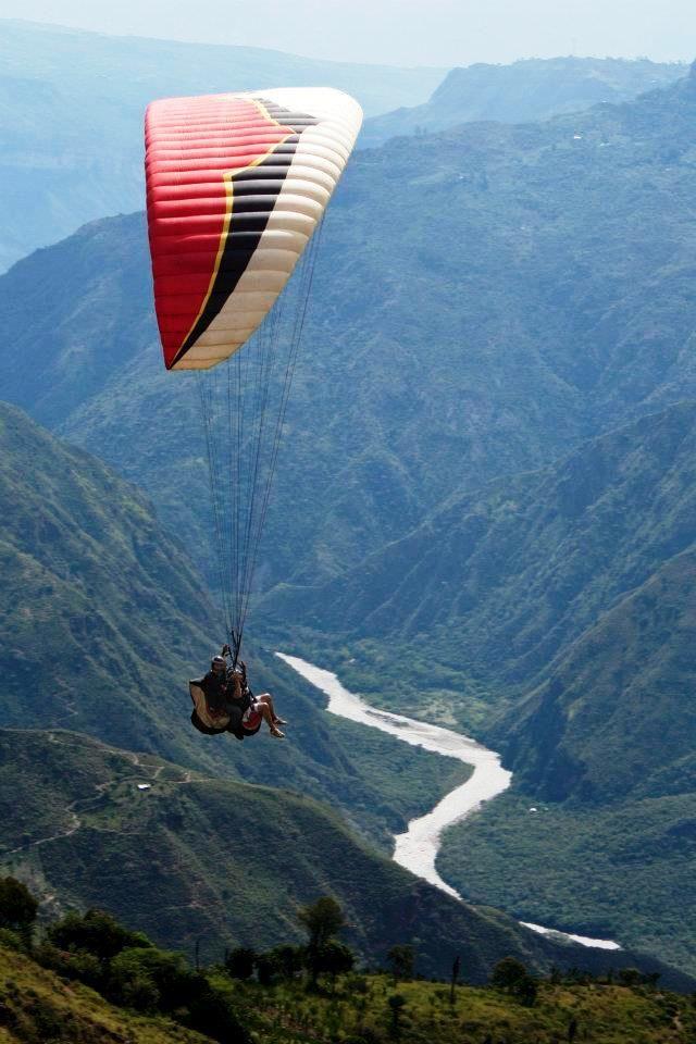 El Gran Cañon del Chicamocha en Santander Colombia: ven a volar con www.sangilextremo.com.co
