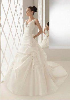 Empire Halter chapelle train en mousseline de soie des robe de mariage en satin
