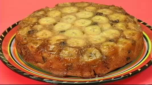 Banana upside down cake with chocolate chips