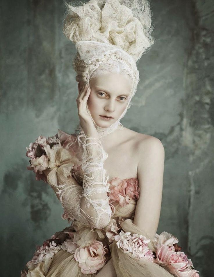 """Opulenze a la Marie Antoinette"" Models in Dolce & Gabbana Haute Couture for Vogue Germany April 2014"
