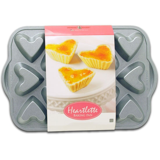Nordic Ware Heartlette Baking PanNordic Ware, Hot Baking, Ware Heartlett, Baking Pan I, Heartlett Baking, Products
