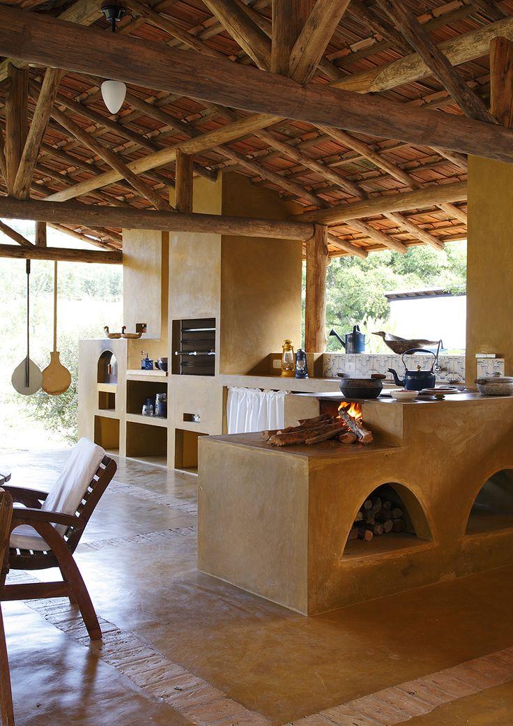 Decoração de: Detalhes; forno à lenha; Casa de Valentina